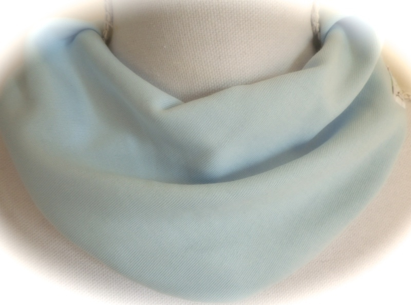 Lichtblauw sjaal
