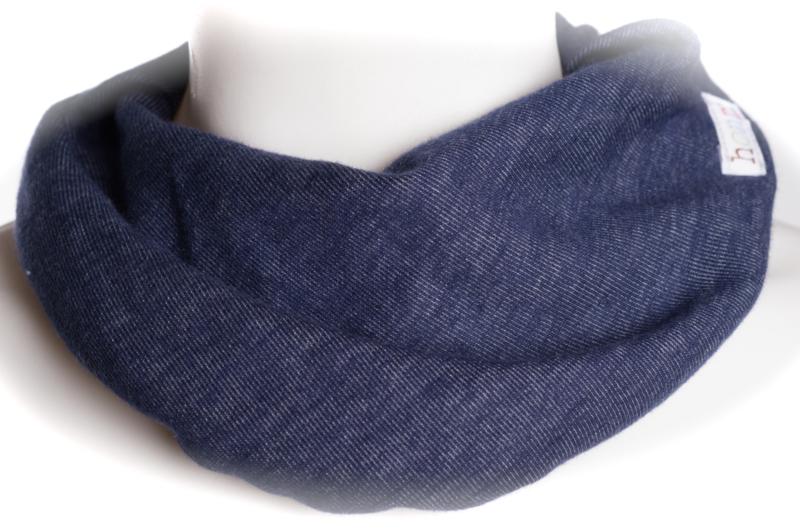 Donkerblauw zacht jeanslook