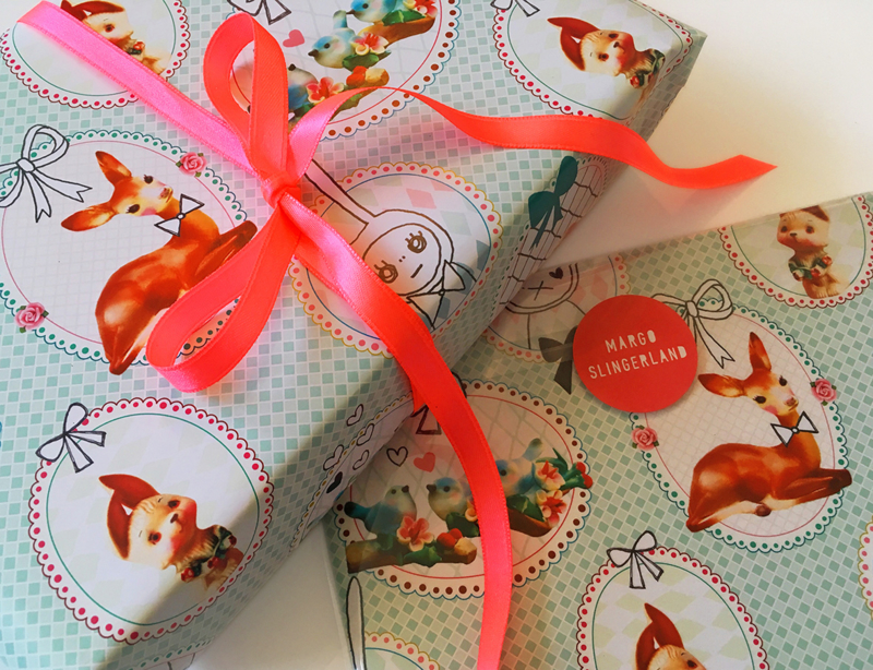 SWEETHEARTS & BOWS dessin cadeaupapier