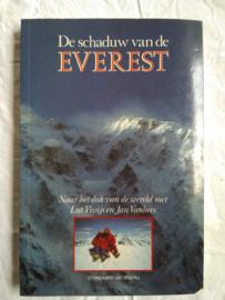 De schaduw van de Everest