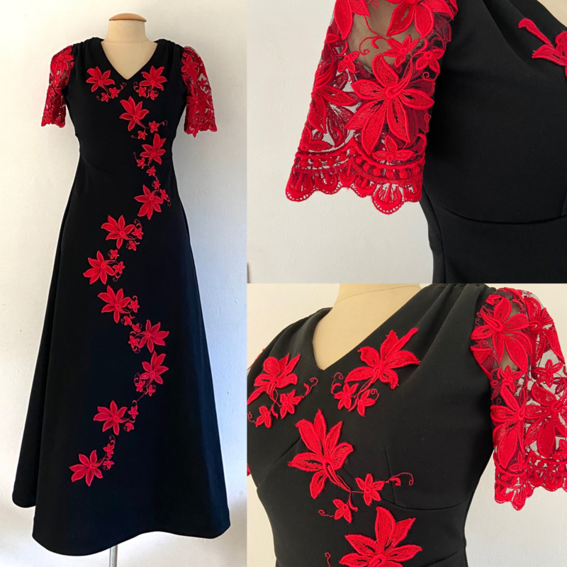 Vintage 70 Ties zwarte maxi met rood kant (36)