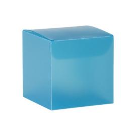 Turquoise kubus in kunststof