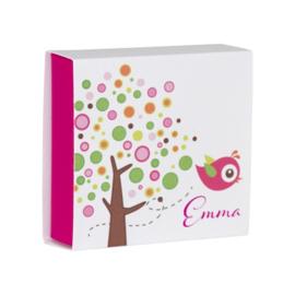 Luciferdoosje kleurrijke boom met roze vogel