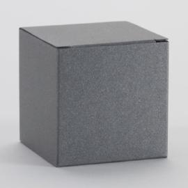 Staalgrijze kubus