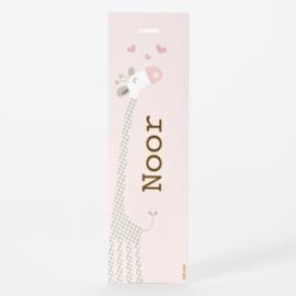 Lang label roze met giraf