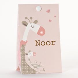 Snoepzakwikkel roze met giraf