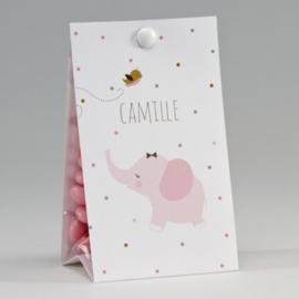 Snoepzakwikkel met roze olifantje en kleurrijke stipjes