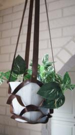 Plantenhanger donker bruin