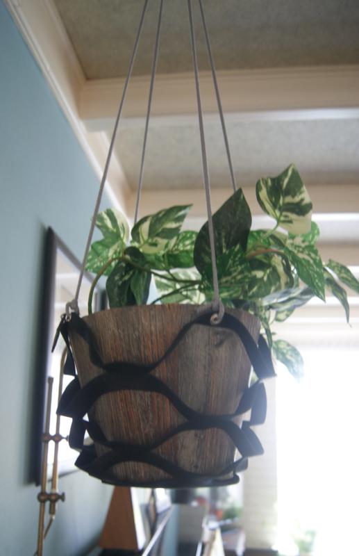 Plantenhanger Zwart