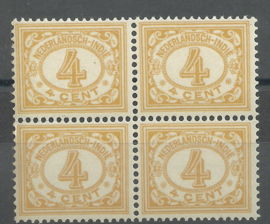 Nederlands Indië 109 4ct geelbruin Cijferzegel 1912/1930 blok van 4 Postfris