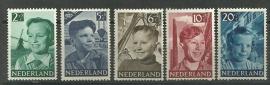 Nvph 573/577  Kinderzegels 1951 Postfris