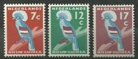 Nieuw Guinea 54/56 Kroonduif Postfris