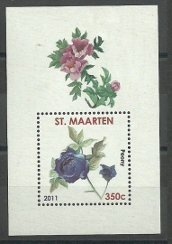 Sint Maarten   8 Bloem in blok Postfris
