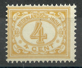 Nederlands Indië 109 4ct geelbruin Cijferzegel 1912/1930 Postfris