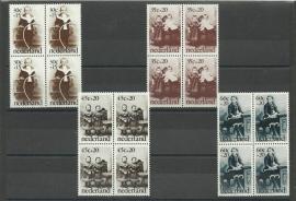 Nvph. 1059/1062 Kinderzegels 1974 in Blokken Postfris