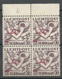 Suriname LP24f 22½ op 60ct Luchtpost Uitgifte 1941 Postfris in blok  (Met kopstaande 1)
