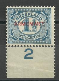 Dienst  8 1½ ct Armenwet (randstukje) Postfris (1)