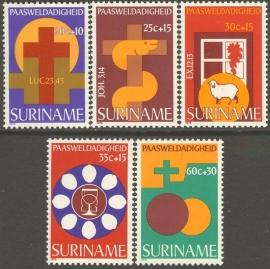 Suriname Republiek 119/123 Paasweldadigheid 1978 Postfris