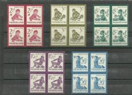 Nvph 563/567 Kinderzegels 1950 in Blokken Postfris