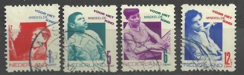 Roltanding 90/93 Kinderzegels 1931 Gebruikt