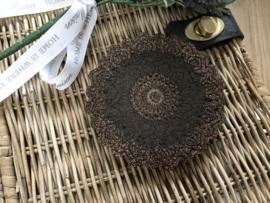 Handgemaakte display mandala bruin glitter