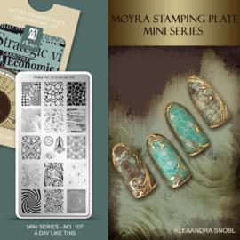 Moyra Mini Stempel Plaat 111 Breaking the Silence