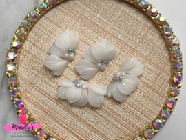3D nailart bloem acryl 03 wit