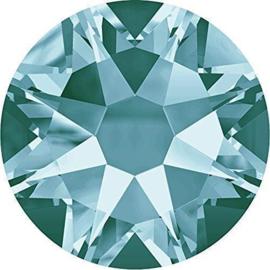 Swarovski® Crystals Light Turquoise