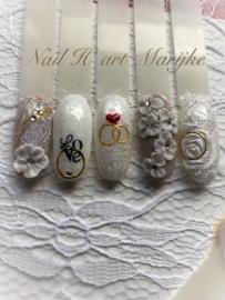 Nailart workshop bruidsnagels zat. 2 mei olv Marijke Voor Den Dag