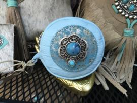 Ganesha - Bindi Sky Blue Croco portemonneetje met turquoise steen