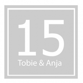 Etched glass raamfolie met naam en huisnummer 1