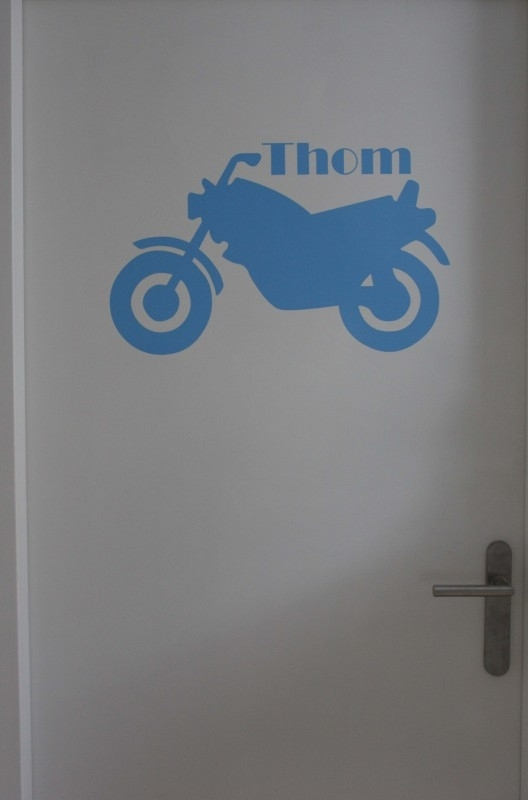 Deursticker medium - Thom Motor