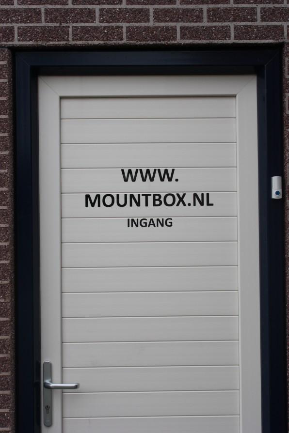 deurmountbox.jpg.jpg
