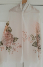 Creme kleurige rozen sjaal met naturel steentjes