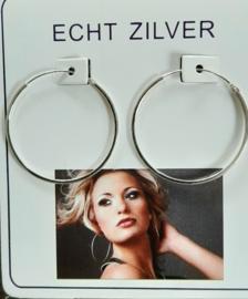 Fijne zilveren oorringen 3 cm doorsnee