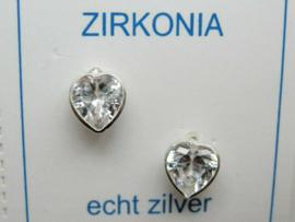 Zilveren hartjes oorknopjes met zirkonia steentje naturel