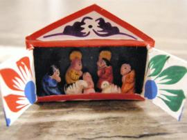 Kerstgroepje klein in kauwgom doosje handgemaakt