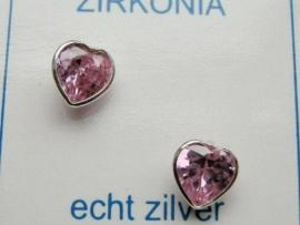 Zilveren hartje oorknopjes met zirkonia steentje roze