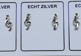 Muzieksleutel oorknopjes zilver.