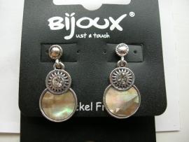 parelmoer hangende oorbellen met strass steentje