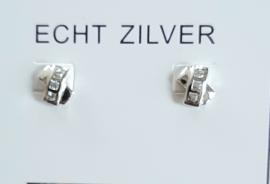 Zilveren oorknopjes met strass steentjes