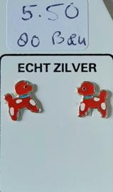 Zilveren rode hondjes oorknopjes