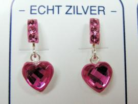 Schitterende zilveren hartjes oorbellen roze