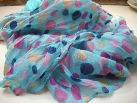 Blauwe kreukel sjaal met stippen