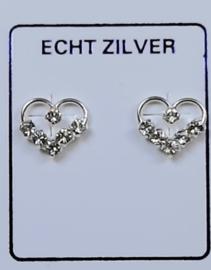 Fijne zilveren hartjes oorknopjes met naturel strass