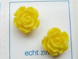 rozen oorknopjes met zilveren stekertjes in div kleuren