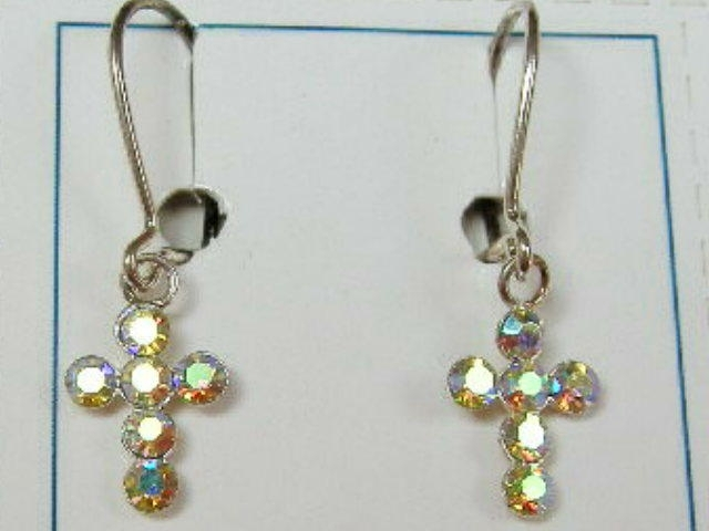 Zilveren oorbellen met kruisjes en parelmoer steentjes