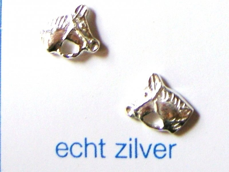paarden hoofdjes oorknopjes zilver