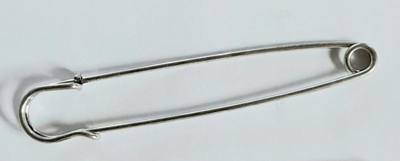 Zilverkleurige grote speld 10 cm voor sjaal