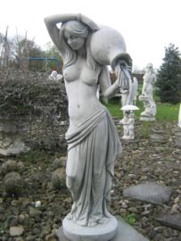 Vrouw met kruik